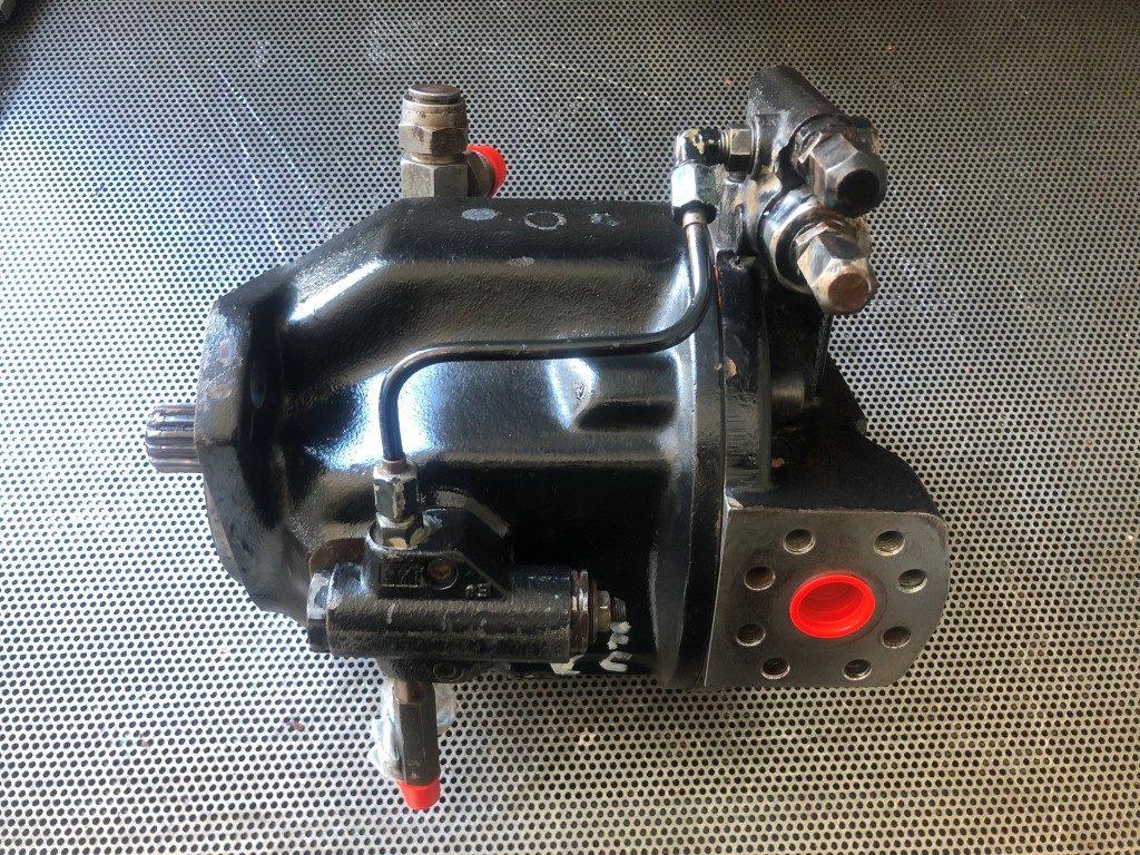 pompa robocza JCB 3CX A10V O 71